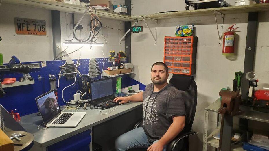 Воронежский программист Николай Хабаров: «На удаленке переоборудовал гараж под офис»