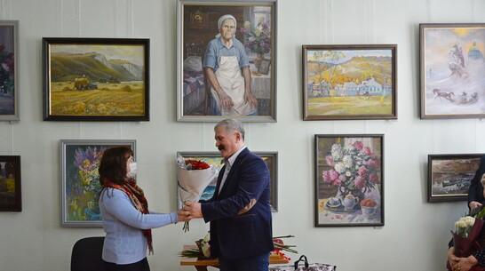 Острогожцев пригласили на выставку картин местного художника-живописца Александра Горешнева