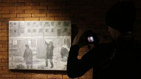Картон и независимость. Четыре причины сходить на выставку Михаила Рогинского в Воронеже