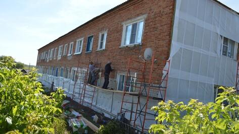 В Эртиле приступили к капремонту многоквартирного дома на улице Первомайской