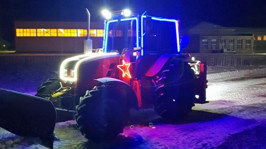 В Воронежской области МВД поблагодарило мужчину за добровольную очистку села от снега
