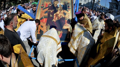 В крестный ход из Воронежа в Задонск отправились 10 тыс человек