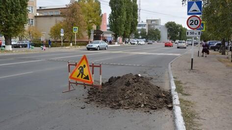На улицах Россоши к концу октября очистят ливневки
