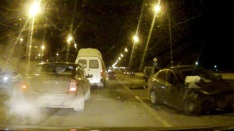 В Воронеже майор полиции погиб в лобовом ДТП на улице Антонова-Овсеенко