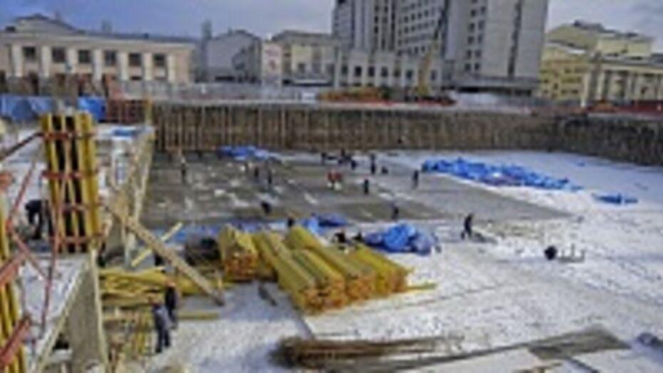 Губернатор Алексей Гордеев потребовал ликвидировать отставание в работах по строительству Центрального рынка в Воронеже