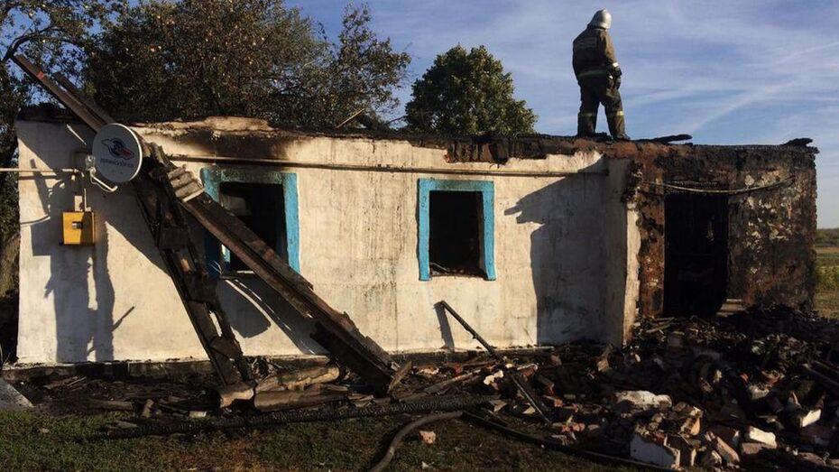 При пожаре в воронежском селе погиб одинокий пенсионер