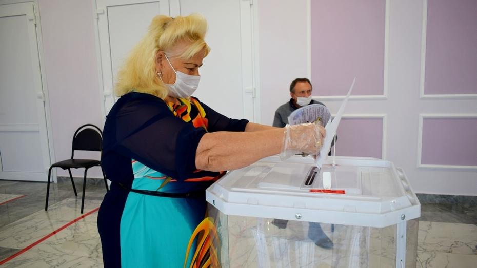 Жительница Грибановки сочинила стихотворение о выборах в день голосования