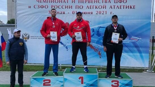 Павловчанин выиграл «золото» чемпионата и первенства по легкой атлетике