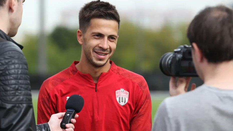 «Факел» заключил контракт с воронежским футболистом