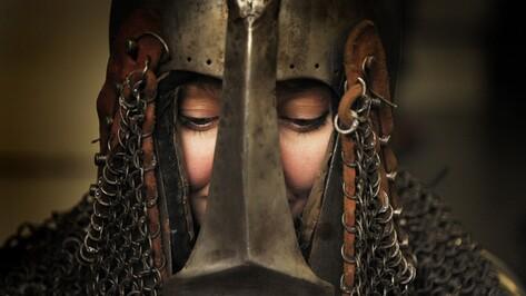 «Опасность развивает». Единственная в Воронеже женщина-рыцарь – о страхе и мужском характере