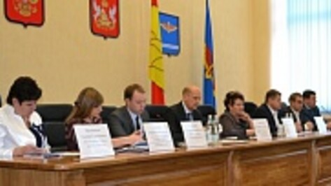 В Лисках прошло заседание молодежного правительства Воронежской области