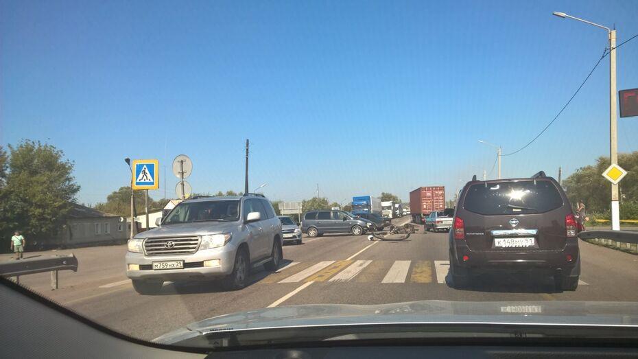 Из-за аварии пробка на трассе М4 в Воронежской области растянулась на 13 км