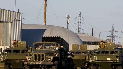 Под Воронежем прошла первая тренировка военных к параду Победы