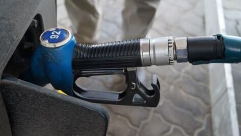 Прокуратура уличила 3 семилукских АЗС в продаже топлива неизвестного качества