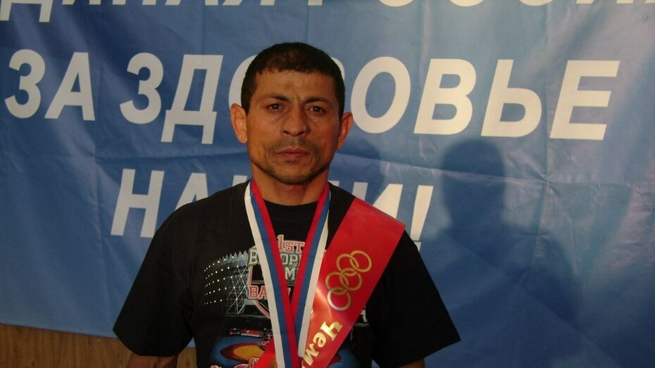 Аннинский ветеран вольной борьбы завоевал «золото» на чемпионате России