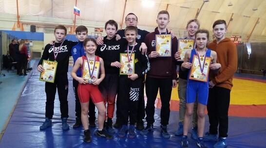 Эртильская спортсменка получила «золото» первенства области по спортивной борьбе