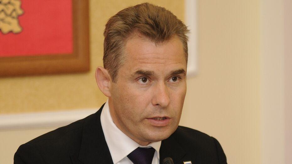 Павел Астахов разберется в попытке суицида воронежской школьницы