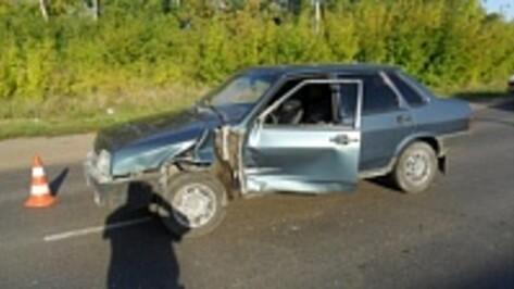 В Верхнемамонском районе в ДТП пострадал мотоциклист