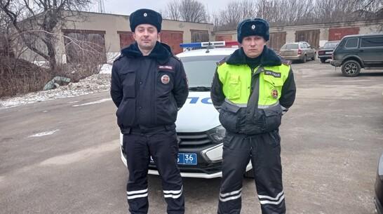 Подгоренские полицейские помогли отрезавшему себе фалангу пальца пенсионеру