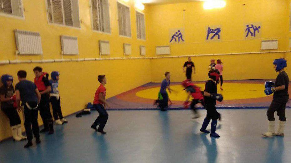 В Подгоренскую спортивную школу после ремонта завезли новый инвентарь и мебель