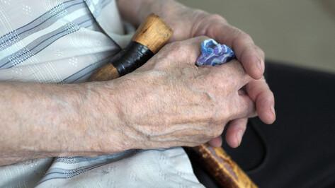 С 1 июля проиндексируют выплаты пенсионерам-опекунам