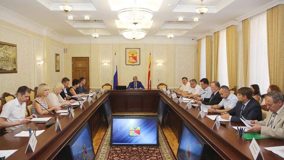 Мэр Воронежа поручил включить соцучреждения в генплан 3 жилых кварталов