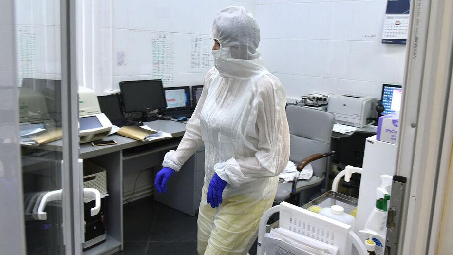 Почти 400 воронежцев заболели коронавирусом за сутки