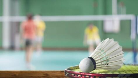Школы Эртильского района получили спортивный инвентарь