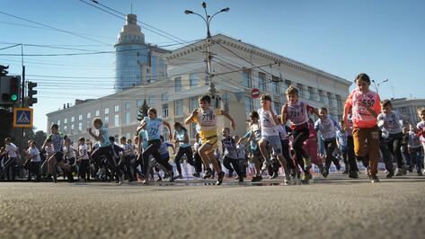 В Воронеже на Кросс наций впервые вышли известный паралимпиец и 4-летняя малышка