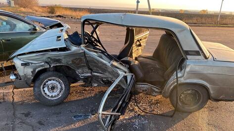 Под Воронежем 5 человек пострадали при столкновении Audi и «Жигулей»