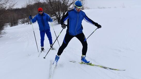 Поворинцев пригласили на лыжную гонку