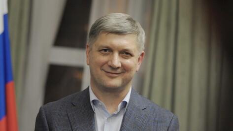 Мэр Воронежа укрепился на первой позиции в медиарейтинге глав столиц ЦФО