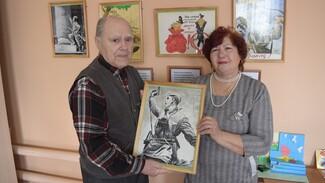 В рамонской деревне Кривоборье открылась посвященная 75-летию Победы выставка картин