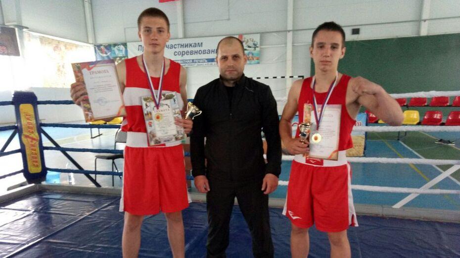 Грибановские боксеры завоевали 2 «золота» на первенстве Урюпинска