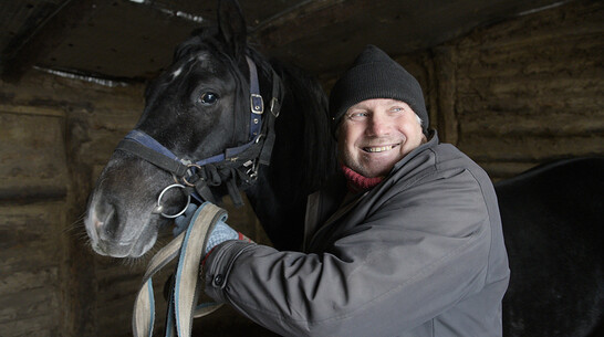 Ход конем. Как воронежский сельчанин по фамилии Коновалов стал тренером породистых лошадей