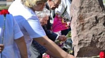 Первый в России памятник онкологам и радиологам появился в Воронеже
