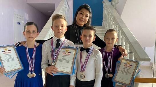 Россошанские танцоры привезли 10 медалей со Всероссийских соревнований в Тамбовской области