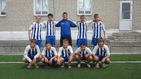 Новоусманские футболисты завоевали областной приз в соревнованиях на Кубок «Кожаного мяча»
