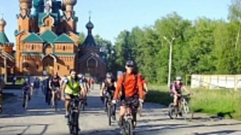 В Семилуках прошла первая в районе велоэкскурсия