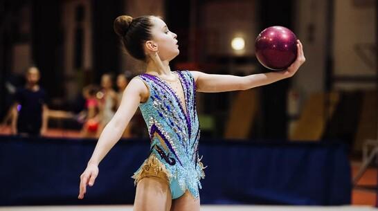 Каширские гимнастки завоевали «золото» и «серебро» областного турнира «Кубок империи»