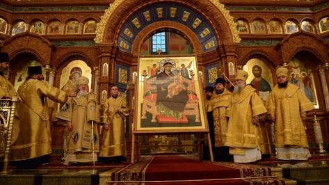 Афонский монастырь передал Воронежу икону «Всецарица»