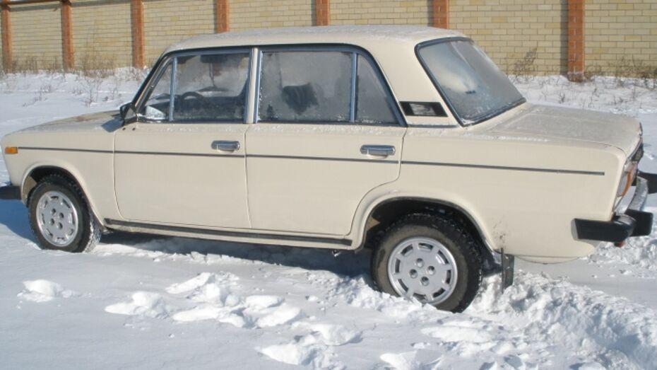 В Новоусманском районе два молдаванина угнали «шестерку» у местного жителя