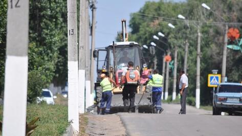 На центральной улице Репьевки строят водоотводы
