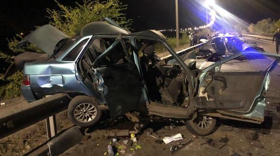 Четыре человека погибли и один ранен при столкновении «десятки» и Logan в Воронежской области