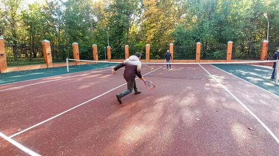 Теннисный корт по инициативе жителей появился в лискинском поселке санатория имени Цюрупы