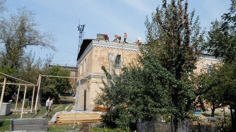 В Таловой приступили к капитальному ремонту очередного дома