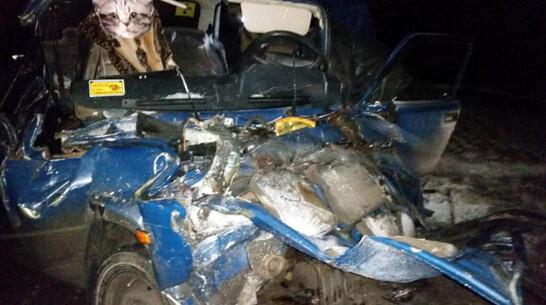 В Воронежской области машина на буксире спровоцировала массовое ДТП с фурой