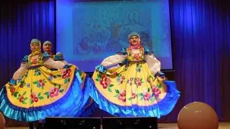 В Бутурлиновке фестиваль «Танцевальная капель» собрал 600 участников
