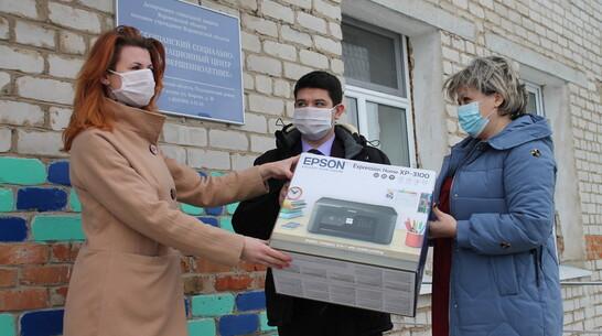 Оргтехнику подарили подгоренскому социально-реабилитационному центру для несовершеннолетних