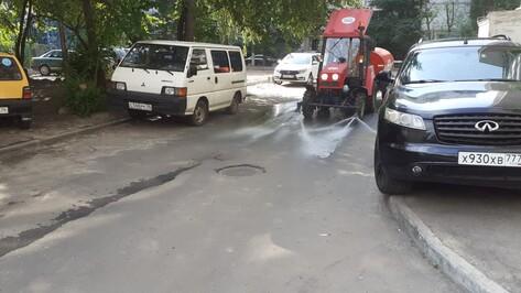 Коммунальщики выльют 600 т воды, чтобы «охладить» Воронеж
